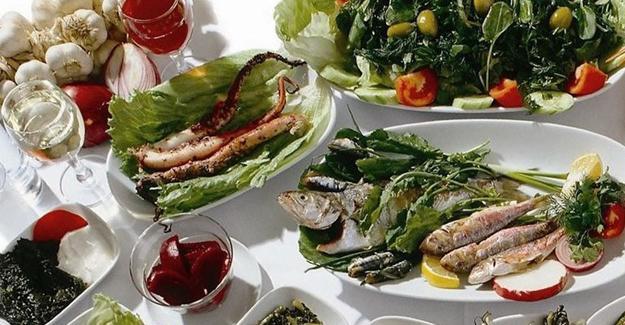 Akdeniz mutfağı kalp hastalarında erken ölüm riskini düşürüyor mu?