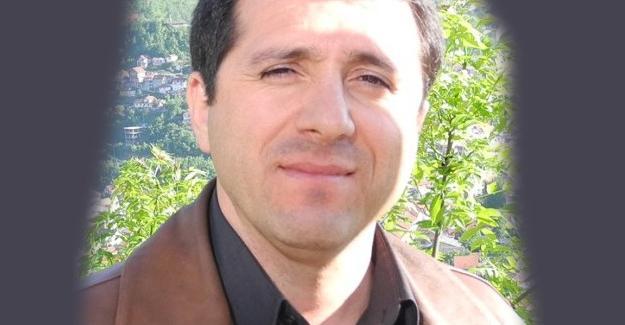 Ateist akademisyen Fethullah Gülen kitabı bulundurmaktan gözaltına alındı