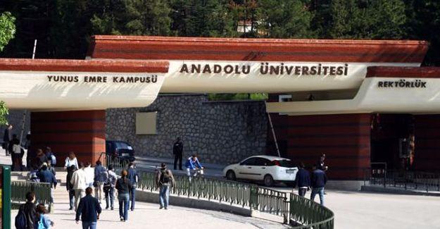 Barış için imza atan 20 akademisyen açığa alındı