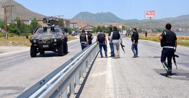 Van ve Bitlis'te çatışma