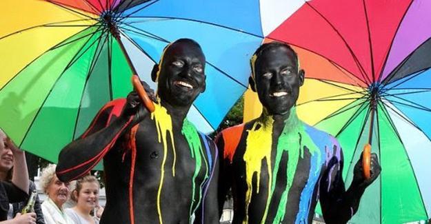 LGBTİ yürüyüşü: Türkiye'de engellendi Almanya'da bakanlar katıldı