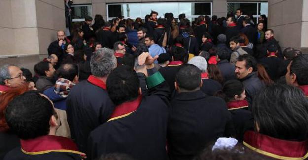 Gözaltındaki gazetecilerin avukatları itiraz edecekleri muhatap bulamıyor