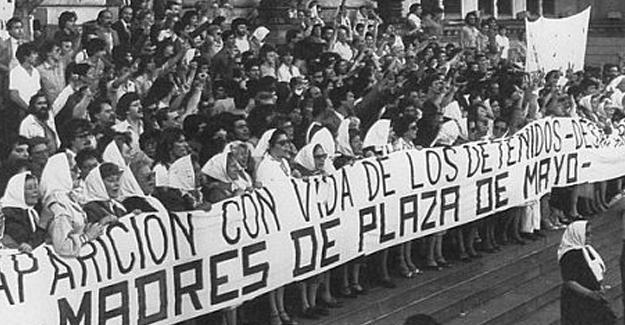 Plaza de Mayo Anneleri 2 bin haftadır adalet arıyor