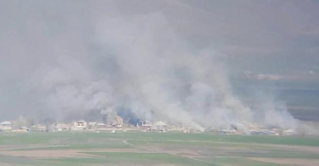 Yüksekova'da top atışları yangına neden oldu