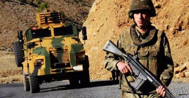 Çukurca'da ağır yaralanan asker yaşamını yitirdi