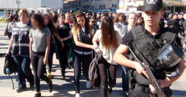 Diyarbakır'da 'öğretmen' eylemine saldırı