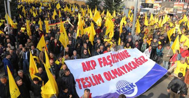 Diyarbakır'da görevden uzaklaştırılan 24 öğretmen gözaltına alındı