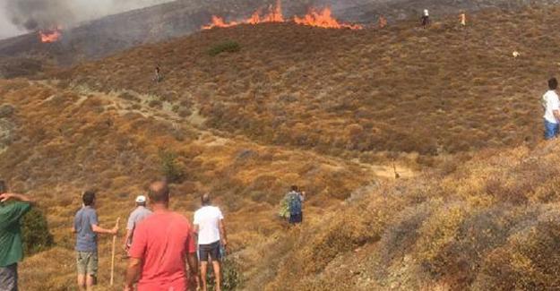 Erdek'te yangın: Yerleşim alanlarına ilerliyor