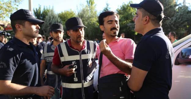 Açığa alınan Eğitim Sen'li 7 öğretmen tutuklandı
