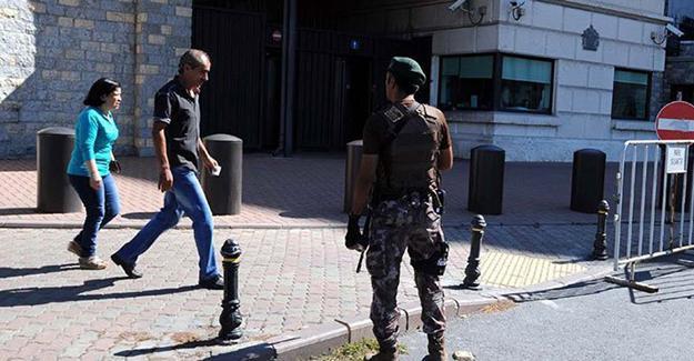 İngiltere'nin İstanbul Başkonsolosluğu'nda güvenlik önlemi