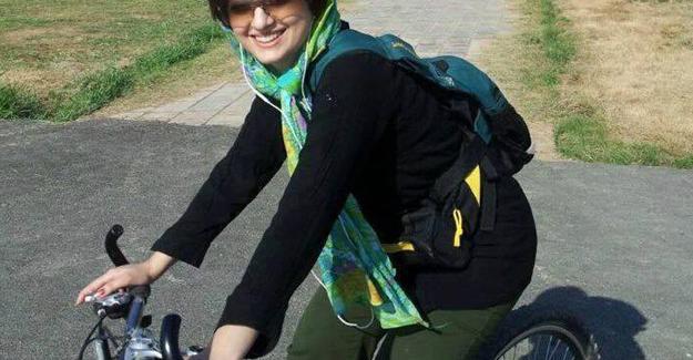 İran'da kadınlardan bisiklet eylemi