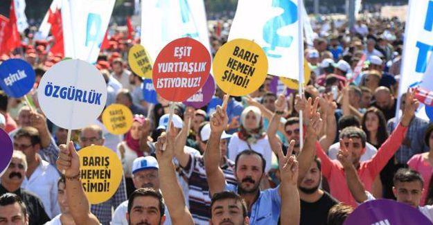 İstanbul'da halklar 'Barış' için buluştu