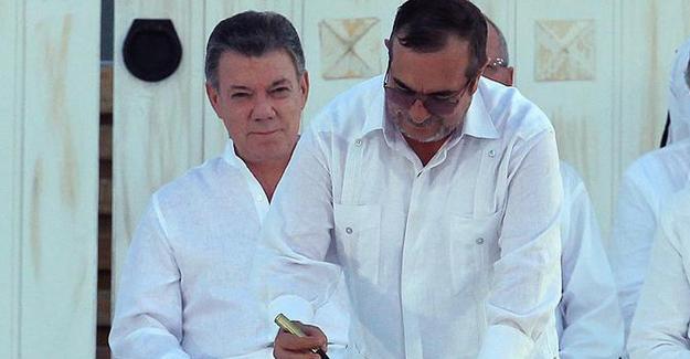 Kolombiya'da tarihi barış anlaşmasına imzalar atıldı