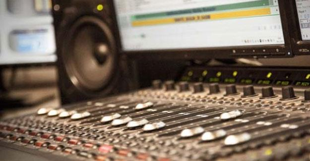 Kürt, Arap ve Türklerin sesi Radyo Karacadağ kapatıldı