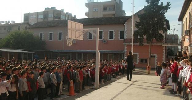 """Okulda """"Kim FETÖ'yü seviyor, kim Erdoğan'ı seviyor"""" yoklaması"""