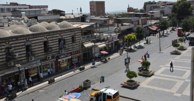 Sur'da polis baskını: 24 gözaltı