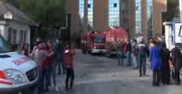 Avcılar'da iş hanında patlama: 1'i ağır 3 kişi yaralı