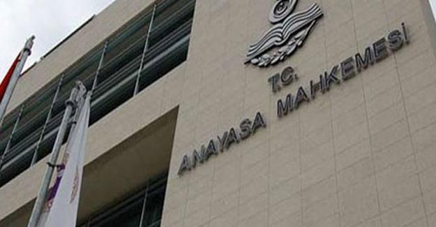 AYM çalışanı 6 kişi tutuklandı