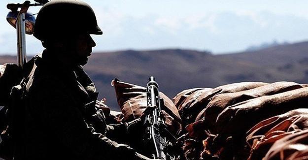 Hakkari'de üs bölgesine saldırı: 1 asker hayatını kayb
