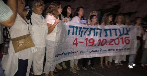 """İsrailli ve Filistinli kadınlardan barış için """"Umut Yürüyüşü"""""""
