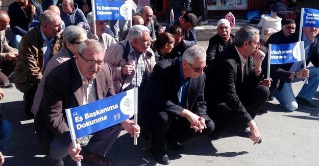 Kışanak ve Anlı'nın gözaltına alınması Elazığ'da protesto edildi