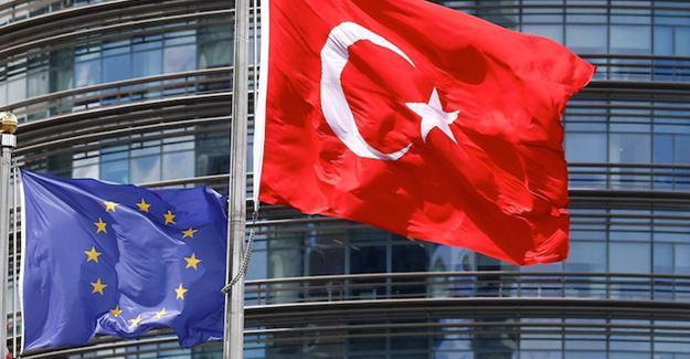 AB'den Türkiye'ye demokrasi çağrısı