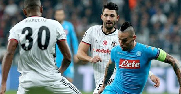 Beşiktaş ilk maçta yendiği Napoli'yle karşılaştı