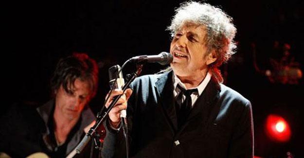 Bob Dylan, Nobel'le ilgili son kararını verdi