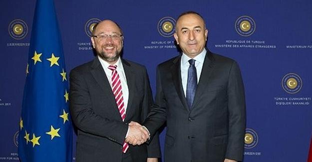 Çavuşoğlu'ndan  Schulz'a: Yaptırımlarla ilgili elinden geleni ardına koymasın