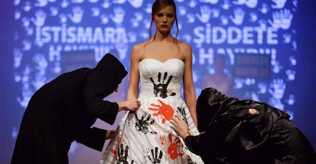 Gelinlik defilesinde, istismar ve kadına şiddete dikkat çekildi