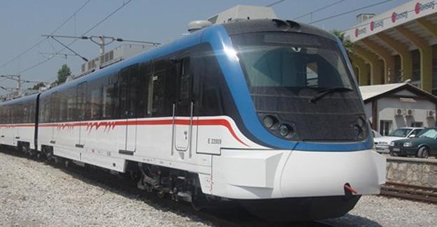 Günde 300 bin yolcu taşıyan İZBAN'da grev var