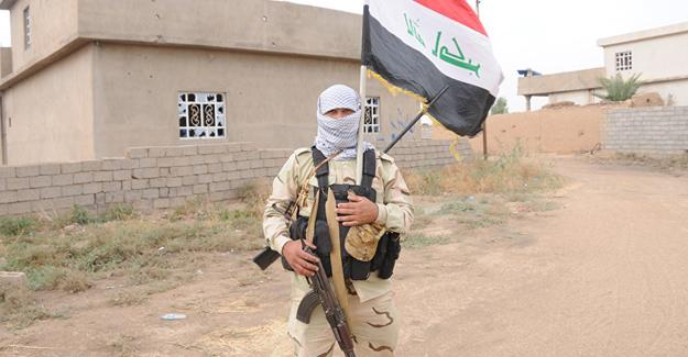Haşdi Şabi'de Şii, Sünni, Hristiyan savaşçılar birlikte savaşıyor