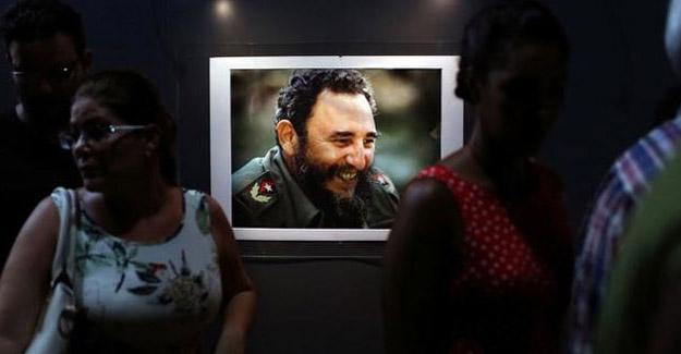 Fidel Castro için Ankara'da taziye defteri açıldı