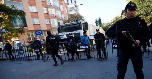 HDP, genel merkezdeki ablukanın kaldırılması için mahkemeye başvuracak
