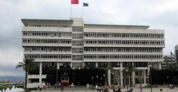 İzmir Belediyesi'ne 'ByLock' operasyonu; 15 gözaltı