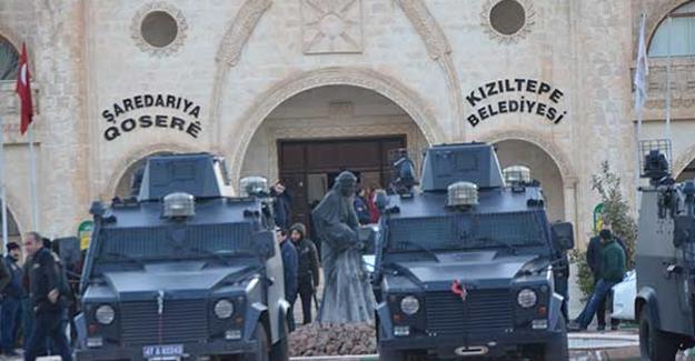 Kızıltepe Belediye Eş Başkanlarına gözaltı