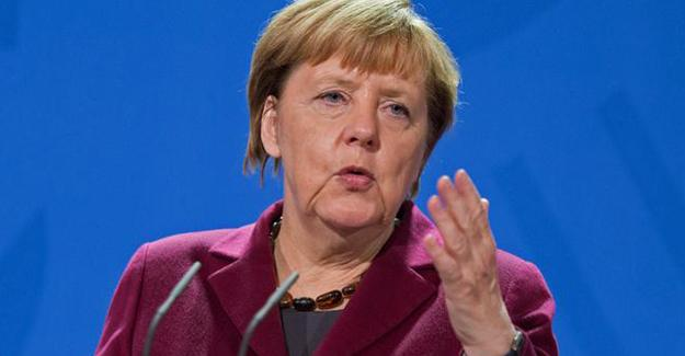 Merkel'den HDP ve Cumhuriyet açıklaması