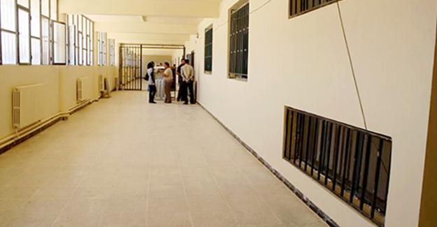 Rojava'da ilk üniversite açıldı