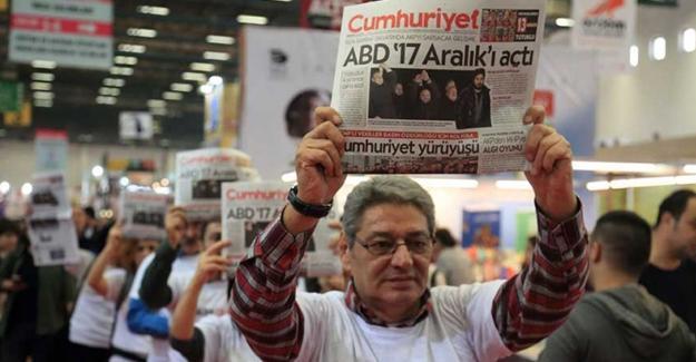 Tutuklu gazeteciler için sessiz yürüyüş!