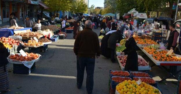 """Diyarbakırlılardan """"doları bozdur"""" kampanyasına yanıt: Dolar da yok, huzur da"""