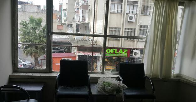 HDP İskenderun ilçe binasına silahlı saldırı