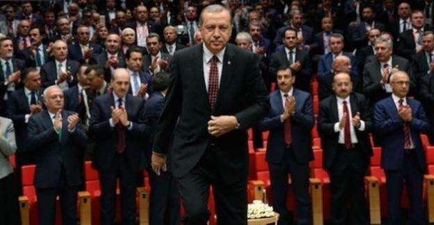 """""""Kendisini devirmek isteyenlerin bitiremediği darbe sürecini AKP iktidarı tamamlıyor"""""""