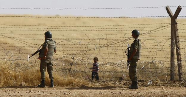Suriye İnsan Hakları Gözlemevi: En az 163 Suriyeli Türk sınır güvenlik görevlilerince öldürüldü