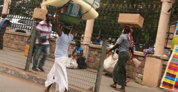 Türkler Gana'da sahte ABD Büyükelçiliği açıp 10 yıl insanları dolandırmış