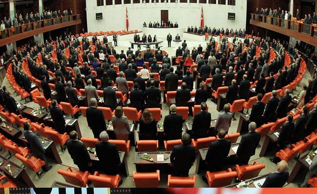 Anayasa değişikliği teklifinin 6, 7 ve 8. maddeleri kabul edildi