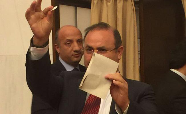 """""""Anayasa oylaması geçersiz, iptal edilebilir"""""""
