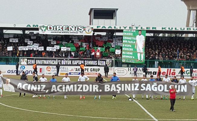BB Erzurumspor Amedspor maçına pankart ile çıktı: 'Acınız, acımızdır'