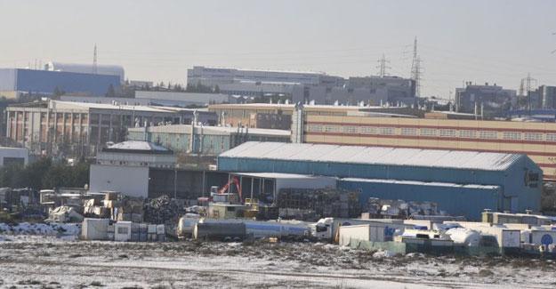 Elektrik kesintisi yüzlerce fabrikada üretimi durdu