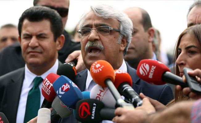 HDP'li Sancar: Türkiye'yi 'seçimli otokrasiye' götüren bir teklif tartışıyoruz