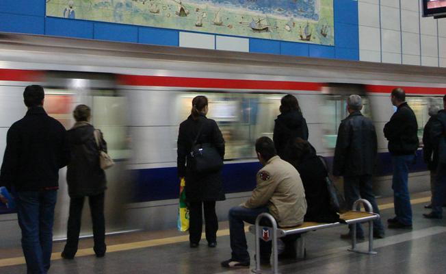 İstanbul'da metrolar bugün de sabaha kadar çalışacak